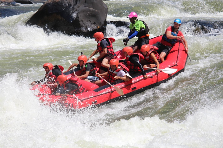 Bundu White Water Rafting Zambezi River Zambia